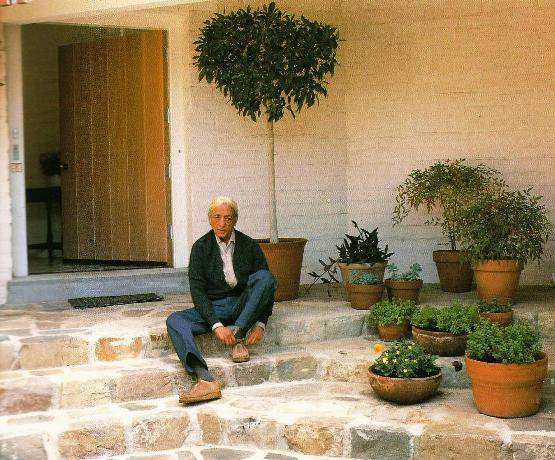 Krishnamurti at the age of 85